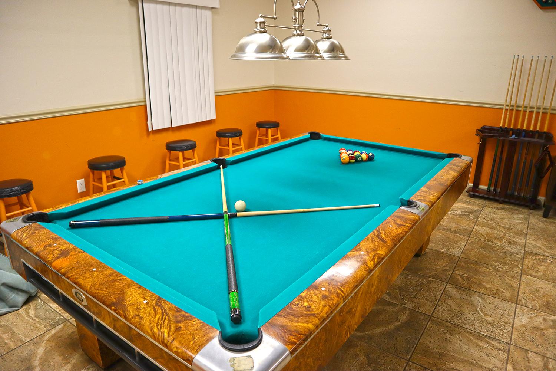 Cypress Bend RV Resort Amenities Gameroom