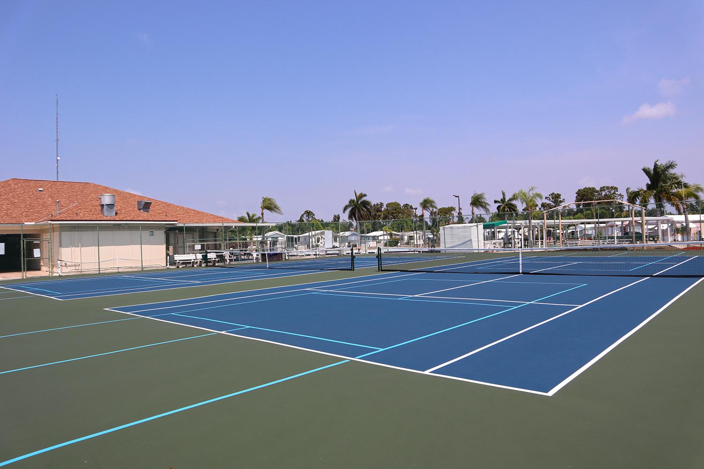 Cypress Bend RV Resort Amenities Tennis Courts